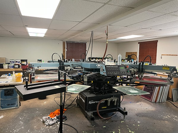 Computer controlled screen printing machine